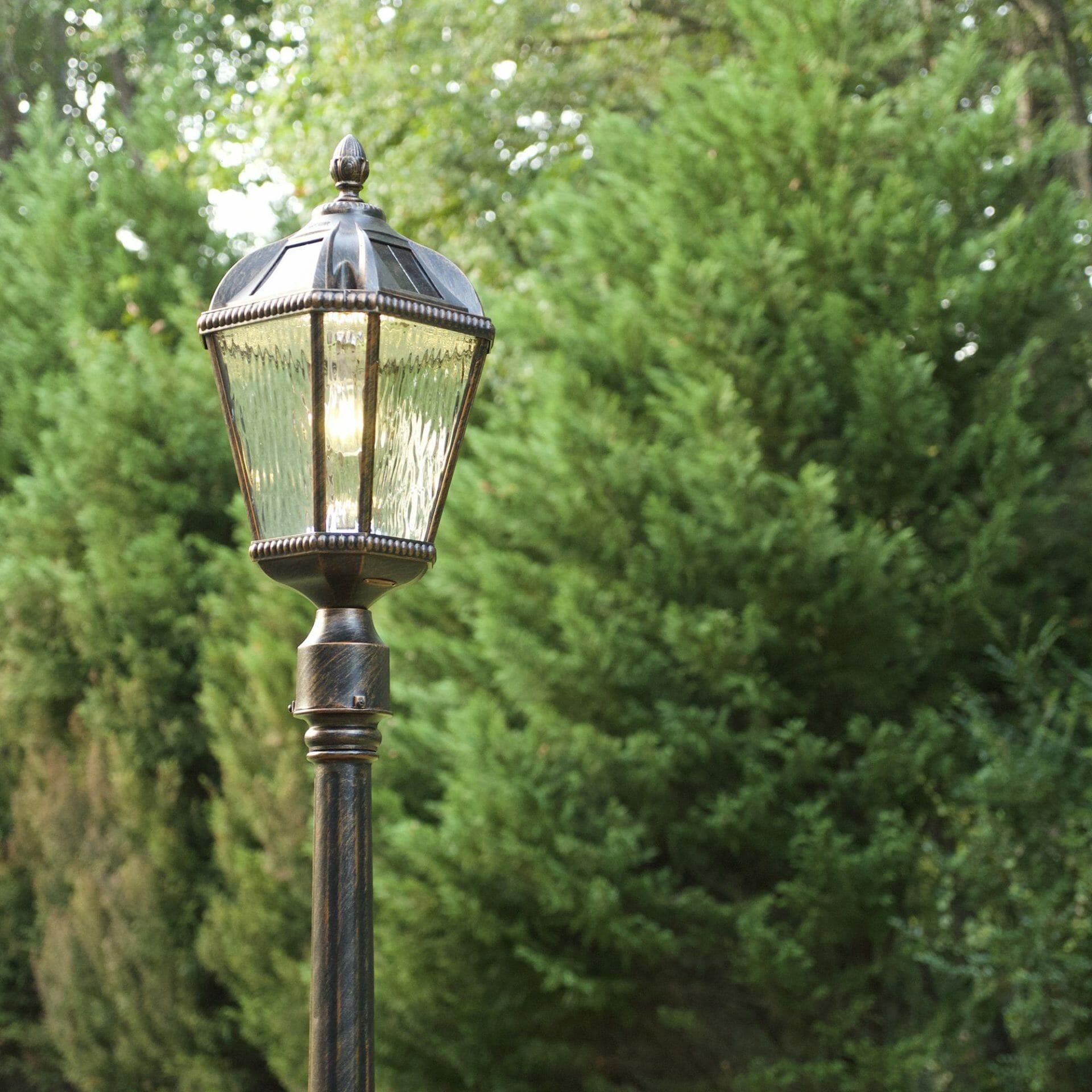 Royal Bulb 3″ Fitter Solar Lamp - 98B112