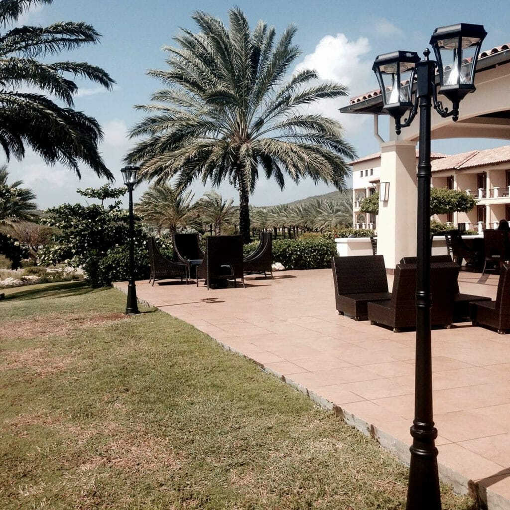 Victorian-Solar-Lamp-Post-by-Gama-Sonic-GS-94D-Double-Lamp-Post-Application